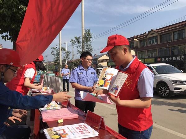 广德县誓节镇:发挥党员模范作用 打造志愿服务品牌1.jpg
